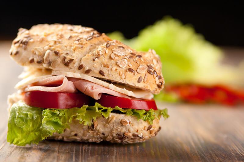 Belegde broodjes en lunch